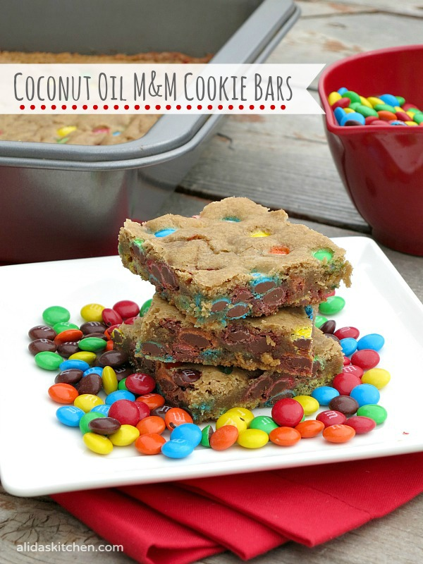 M&M Cookie Bars | alidaskitchen.com #MyDataMyWay  #shop