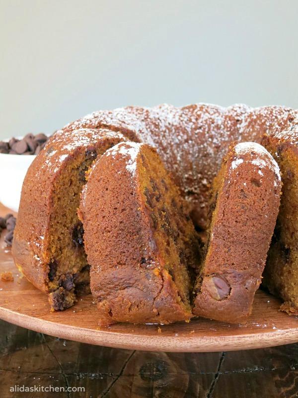 Pumpkin Chocolate Chip Bundt Cake | alidaskitchen.com