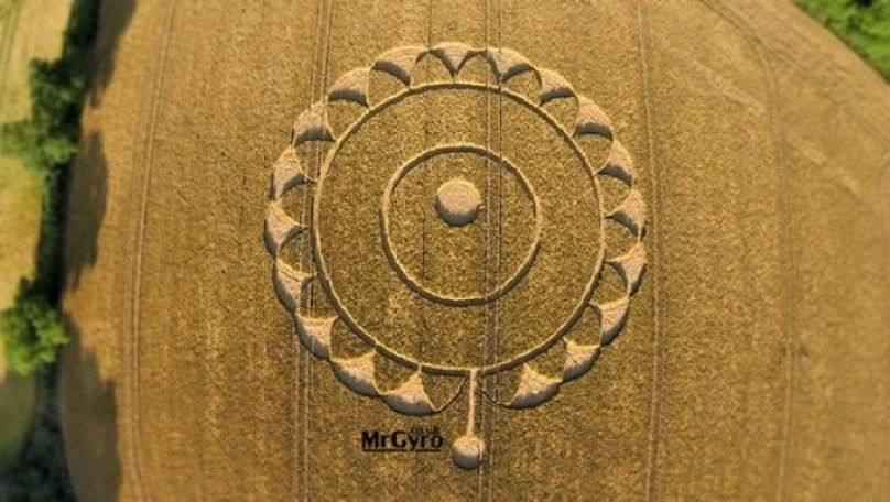 Mr-Gyro-Rodmarton-Crop-Circle-compressor