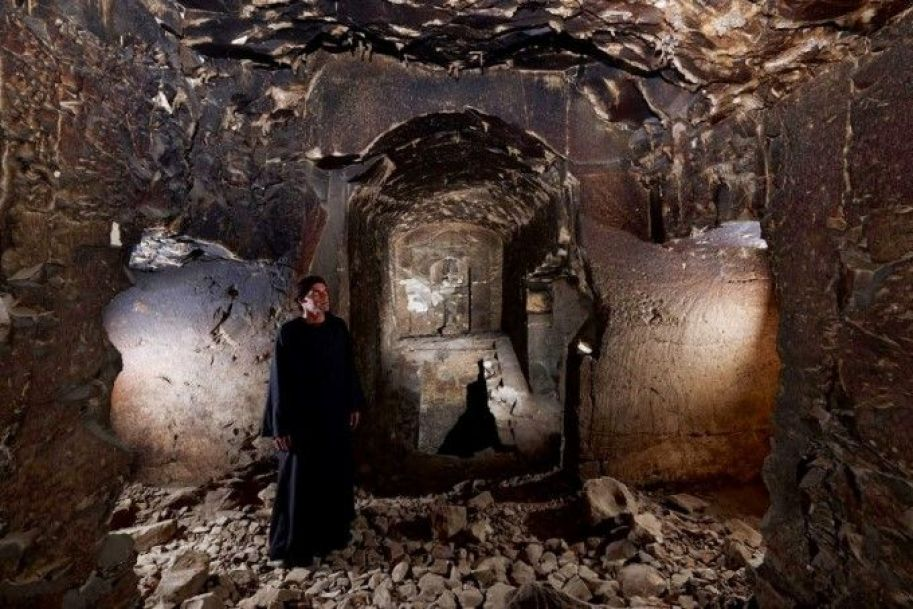 The chapel of Osiris in the tomb, which bears an Osiris statue, a vaulted ceiling and shaft going down to the next level of the tomb(Matjaz Kacicnik, Min Project)