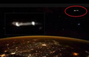 Astronaut Scott Kelly Tweets Photo Of UFO From ISS
