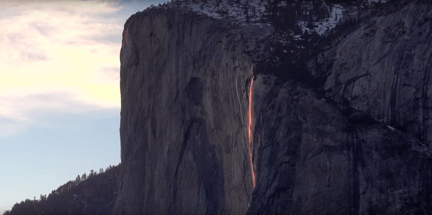 "Do not miss the stunning ""waterfall of fire"" Yosemite park"