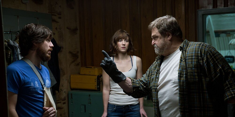 10 cloverfield lane paramount.0 1458669956707 1124854 ver1.0 15 Movies That Prepared Us For An Alien Invasion