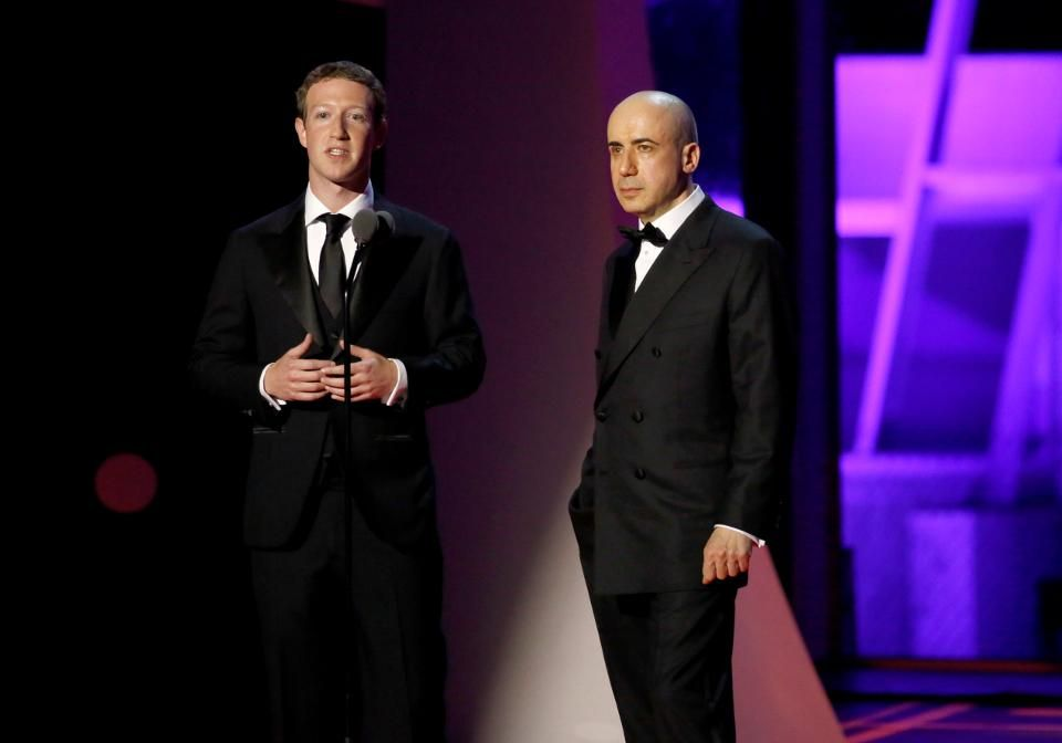 Project Breakthrough Co-Founders Mark Zuckerberg (L) and Yuri Milner (Photo by Kimberly White/Getty... [+] Images)