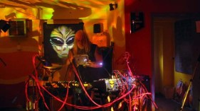 aliensIMG_5150