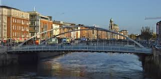 The River Liffey in Dublin: Can you change the flow?