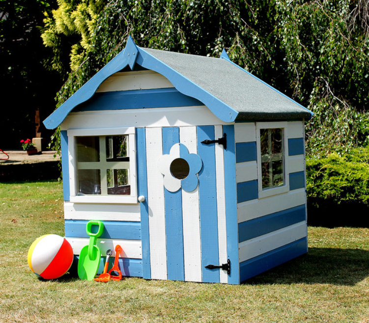 play house for the garden