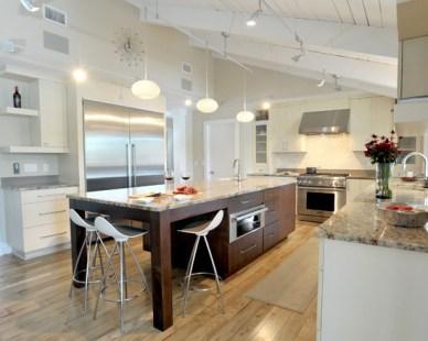 Kitchen Design with White Oak Flooring