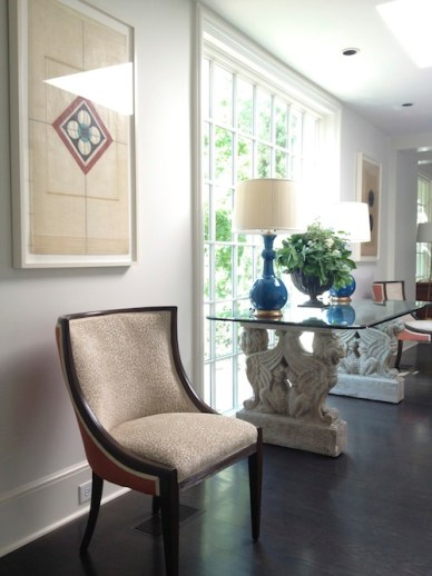 Entry Hall by Welhil Interiors