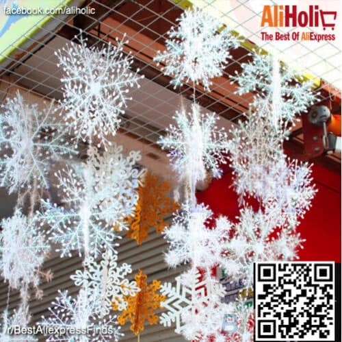 30-Piece snowflakes