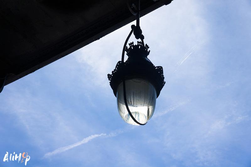alihop-gr-paris-lampadaire-bir-hakeim
