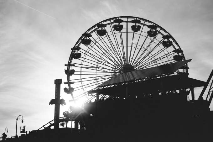 AlikGriffin_SantaMonica_A7rII_44M-2_Wheel