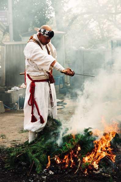 AlikGriffin_EOSR_Agato_Shrine_Fire_Festival-32-L