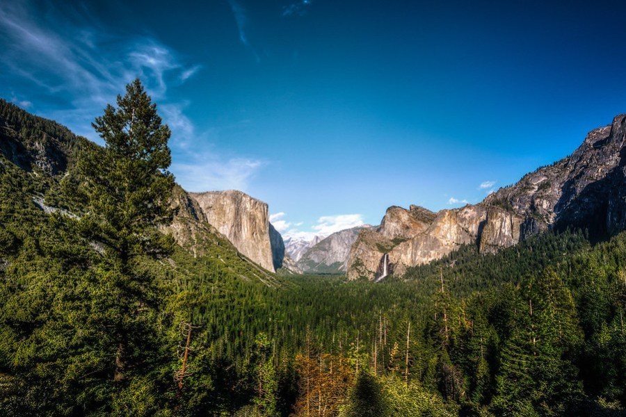 The Great Yosemite Valley of California This is an HDR Photo of Yosemite Valley right as you enter from the upper road. I never came this way last time I was here so this view was new to me. And pretty much one of the most amazing things I've seen.