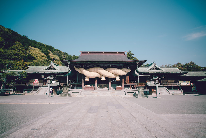The Miyajidake Shrine of Fukuoka is what I feel to be another one of Japan's hidden Gem that shouldn't be overlooked when traveling to the south. A very cool location for photography and culture.
