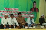 Kiri-kanan: Lurah Kalimulya, Qori Ustadz Wildan Zamzami, KH Asep Hidayat Sadi