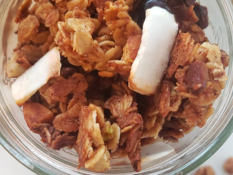 How to make a Nutty Granola