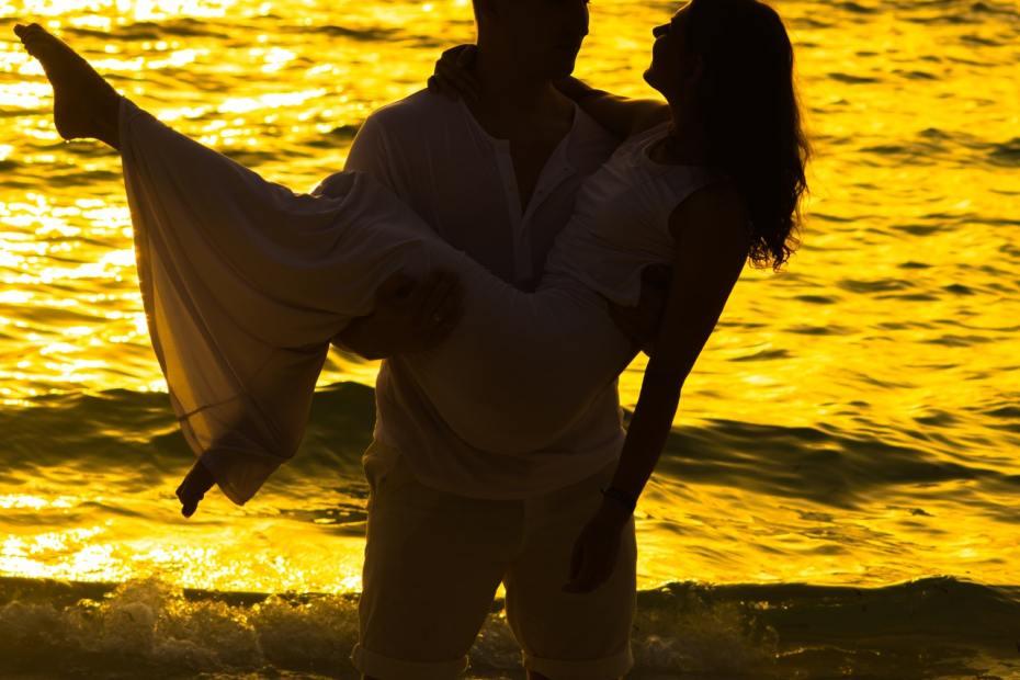 شاب من برج الحوت كزوج أي نوع من الأزواج يكون