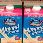 Si alguien que conoces compra leche de almendras, dile que se detenga, esta es la razón