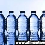 Un análisis de agua embotellada en España encuentra tóxicos en todas las botellas