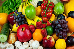 que alimentos ayudan a bajar el abdomen