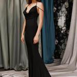 askılı siyah abiye elbise modelleri