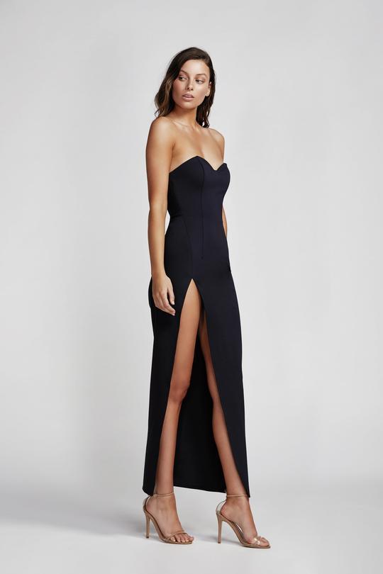 straplez siyah abiye elbise modelleri