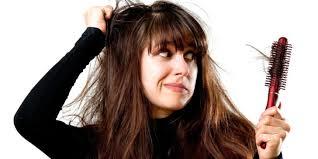 Saç Dökülmesi Neden Kaynaklanır? ve Saç Dökülmesi İçin Öneriler