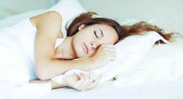 Kamu Susah Tidur? Cara Sederhana ini Ampuh Mengatasi Insomnia Kamu lho!