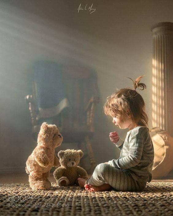Fericirea nu se ascunde, nu vine si nu merge – Poveste