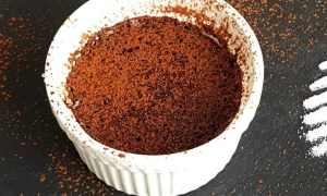 Mousse de ciocolată neagră