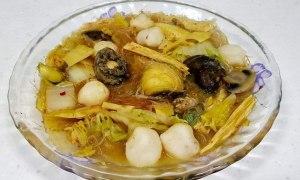 Supă taiwaneză picantă