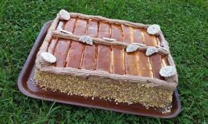 tort din piscoturi cu ciocolata