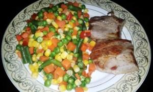Muşchiuleţ de porc cu legume mexicane