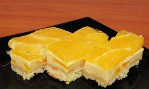 Prăjitură pufoasă cu portocale