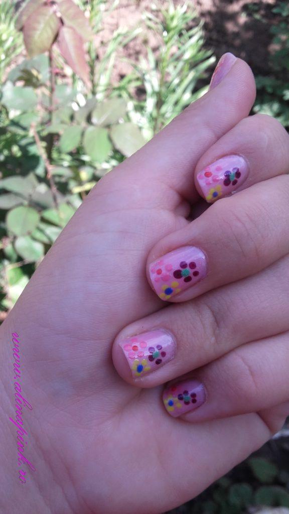 April's Nails Challenge- Flower Power2