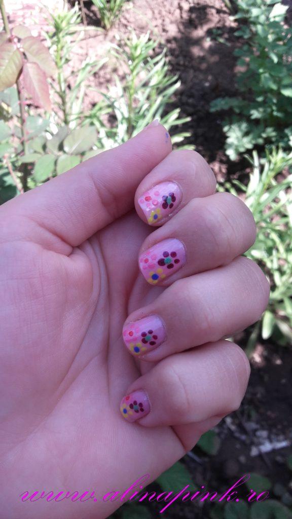 April's Nails Challenge- Flower Power3