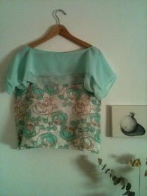 Blusa Rosas verdes 3 Green roses blouse 3 35€