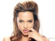 kinopoisk.ru-Angelina-Jolie-490288_1024