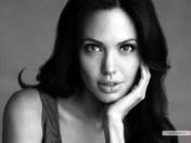 kinopoisk.ru-Angelina-Jolie-855244_1024