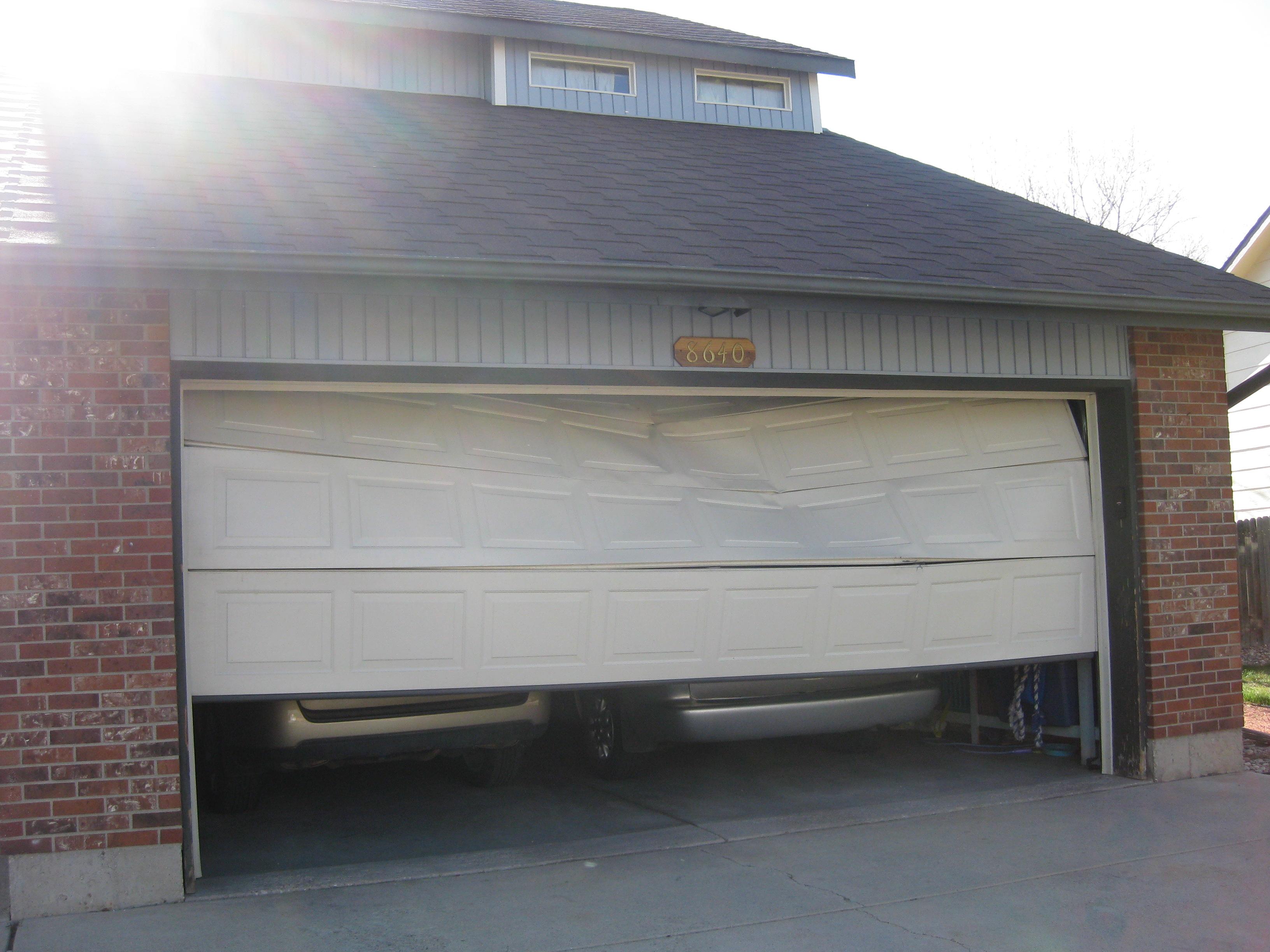 garage door 001