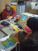 Bradford mums and grandmas get quilting! Lilycroft Quilt Project.