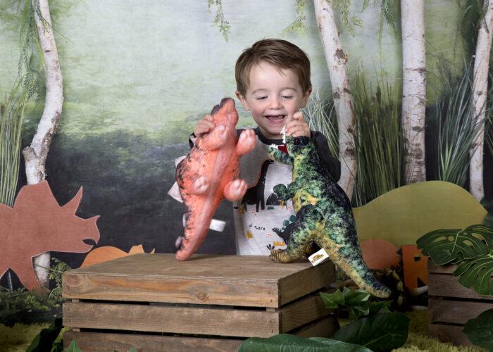 dinosaur photo shoot in hull