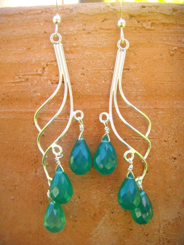 Green Onyx wave earrings