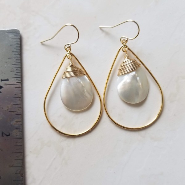 medium mother of pearl teardrop earrings