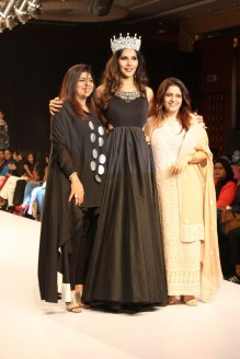The designer duo with Mrs. India Universe