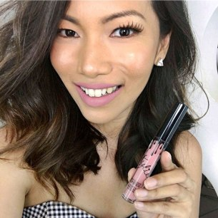 kylie-lip-kit-koko-k-review-liquid-matte-lipstick-beauty-blogger-asian-skin-philippines-testing-is-it-good