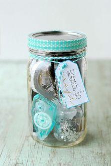 loves-to-craft-mason-jar-gift