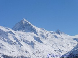 The Dent Blanche (l) and the Matterhorn (r)
