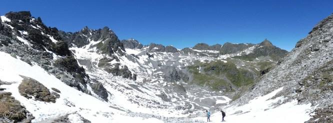 15 Snowy descent